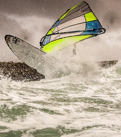 Allround 5 batten wave sail, in the air, on the face single fin or multi fin. do it all go anywhere. More at 5-oceans.com